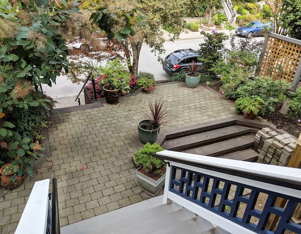 Strathcona Home - Long Term Only - Apr-Oct 2020