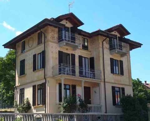 Villa Peachey in Stresa: Romantica Camera