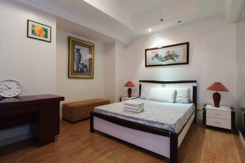 layout for small bedroom one bedroomunit at movenpick res apartments for rent 15784