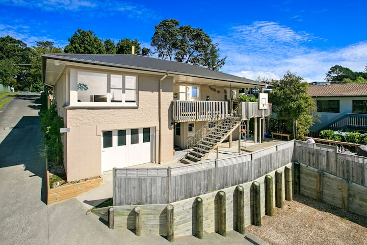 Family Home in Mairangi Bay