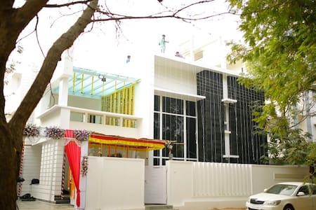 Peace Inn Luxury Villa Shamshabad