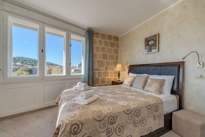 Metropole Luxury Rooms - Deluxe Studio - City View