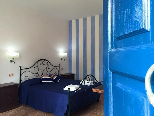 61 - blue room-calabria-panoramic- pool-sea - Squillace - Overig