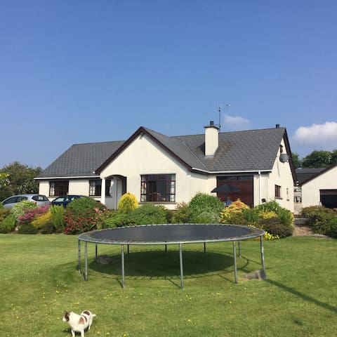Ruth's Country Loft (Country living with bicycles) - Dungiven - Ev