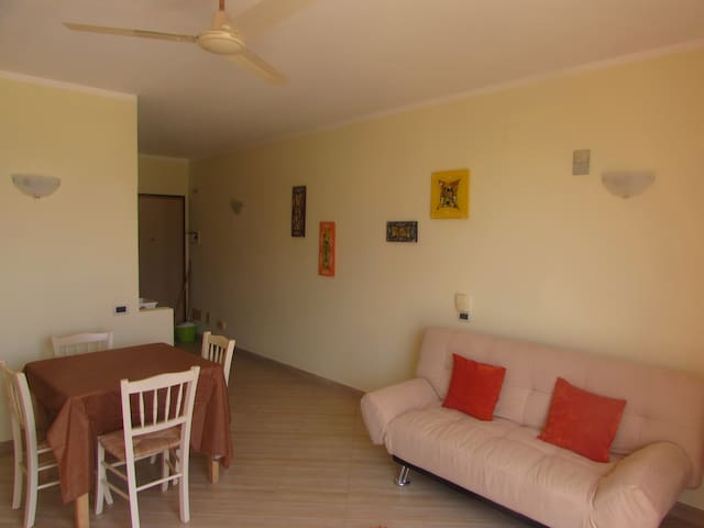 Cosy 1 Bedroomed Apartment - Orchidea 2A