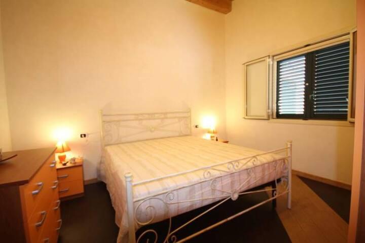 Appartamento a 170 metri dal mare - Falaride