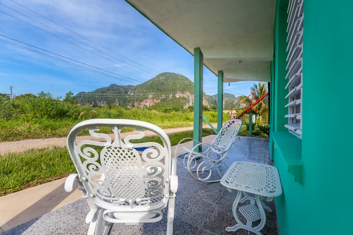 Guest house with excellent view, AC and private WC