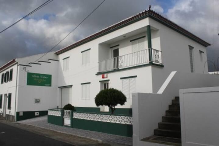 Residência Bem Estar Dona Adelina - Ponta Garca - Casa