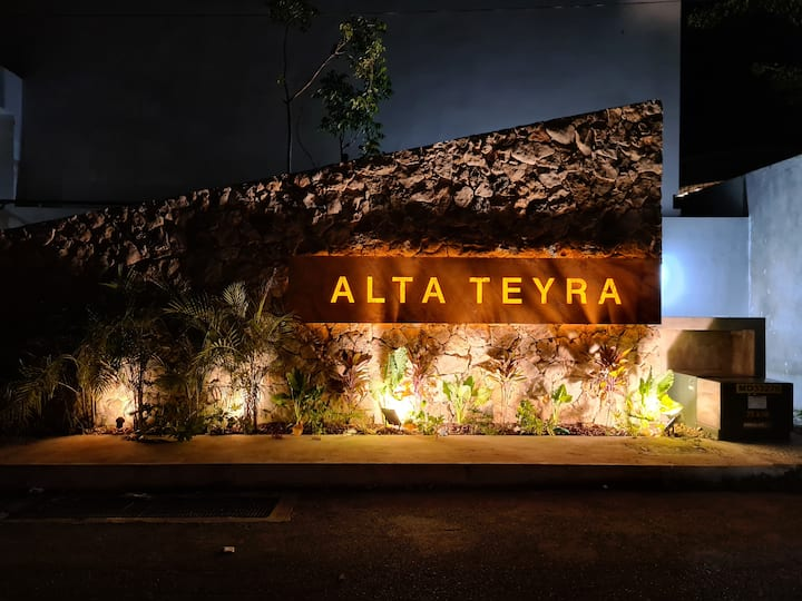 Luxury Altateyra near City Center,  Isla Mall