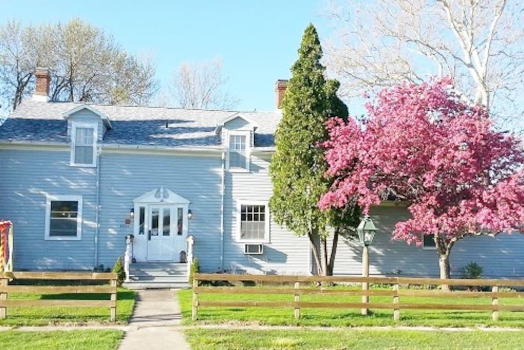 Springtime at Die Heimat Country Inn