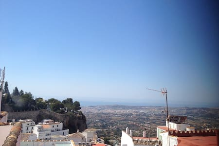 Cosy,lighting apartment in Mijas - Mijas