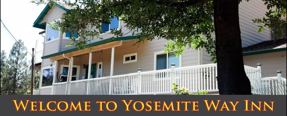 "Yosemite Way Inn ""bear room"" (parking included) - Groveland - Sala sypialna"