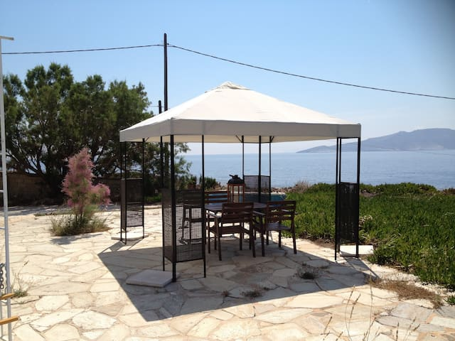 Beach Summer House - Atenas - Villa