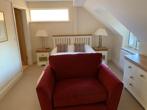 Secluded, wonderful annexe in heart of Haslemere