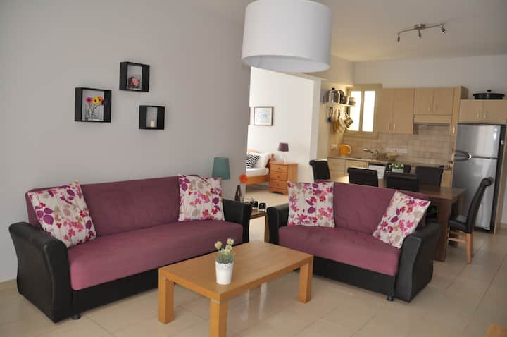 Eliza Suite at Polyxenia - Contactless Check-in