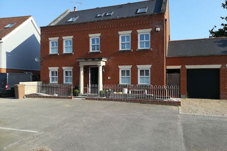 Double room in village location near Chelmsford.