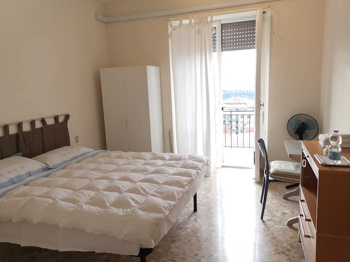 Appartamento con balcone e vista su Perugia