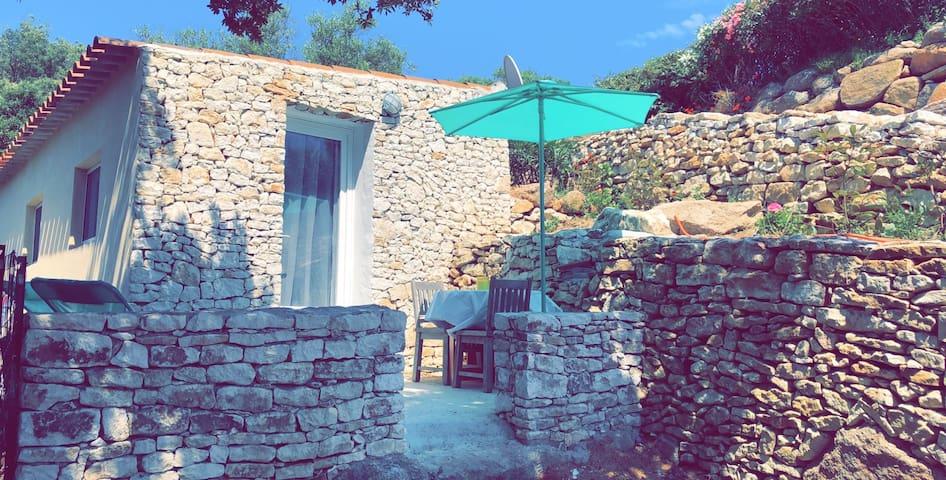 La petite maison du maquis
