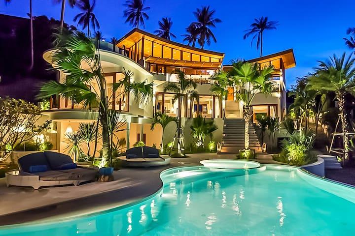 Villa White Phoenix
