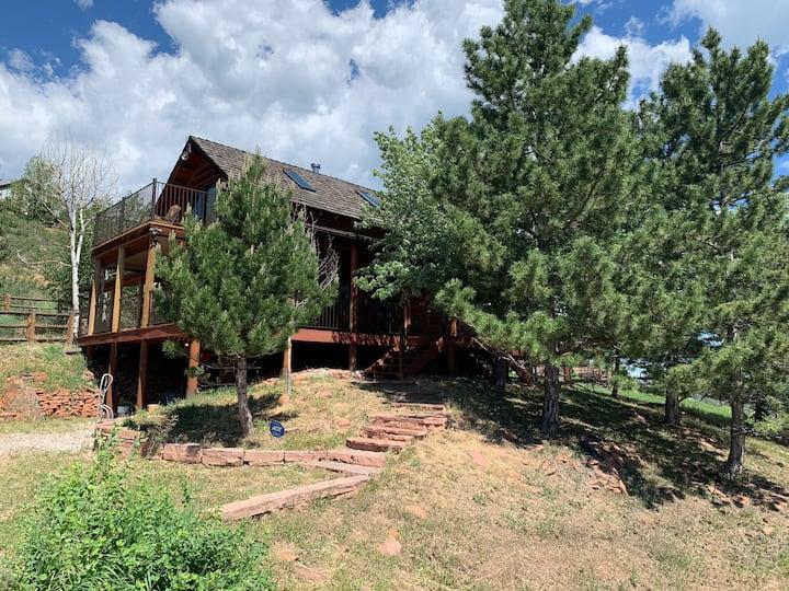 Colorado Mountain Resort w/Private Access to Lake