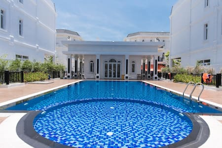TOP 3 BRs VILLA- HEART OF DANANG CITY- FREE POOL