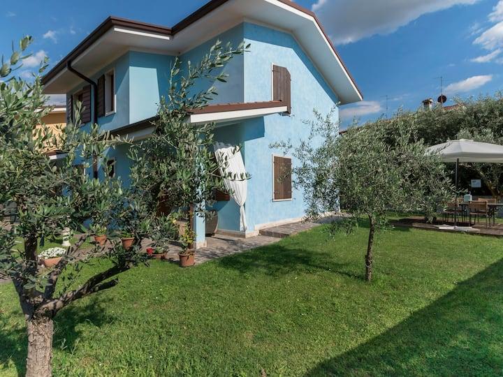 With Garden & Private Rooftop Terrace - Bella Cora Casa Vacanze