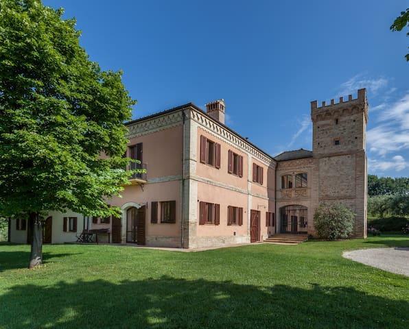 Torre - Agriturismo Fonte Sala - Montefalco - Villa
