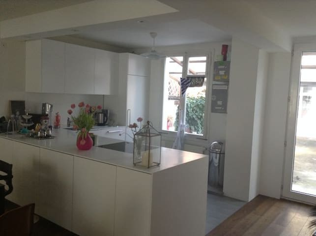 Cosy House close to Messe - Basel - Hus