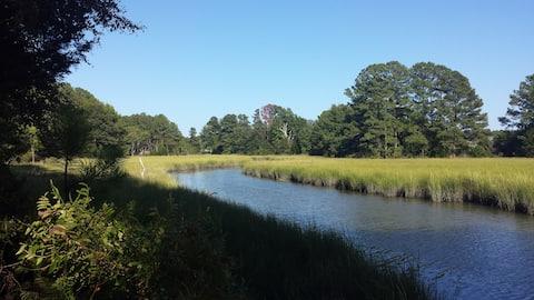 Quiet solitude in Mathews VA!