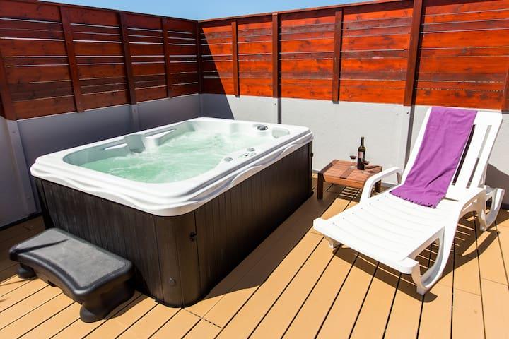 Surf Atlantic Private Room, Heating, Jacuzzi
