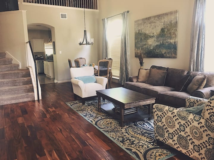 Spacious, Fully Loaded Home in South Austin!