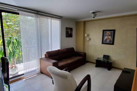 Apartamento Poblado, loma san julian