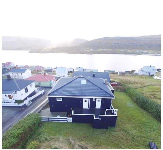 Spacious modern house in Tvøroyri.