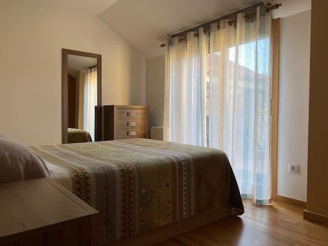 Habitación 2 con cama 1,50m