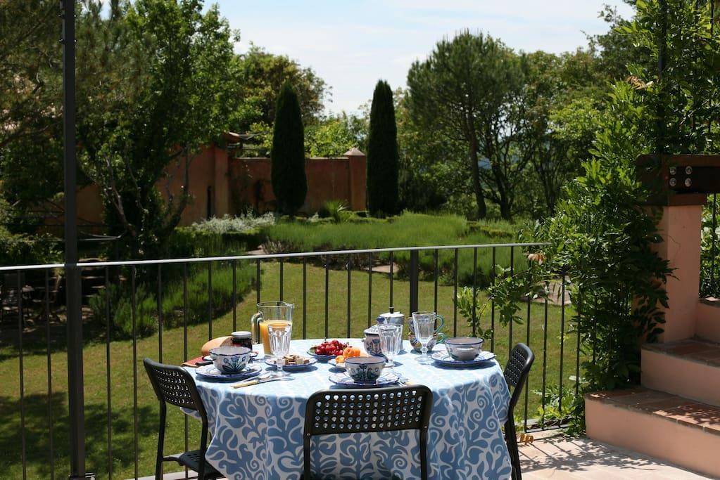 Garden facing terrace