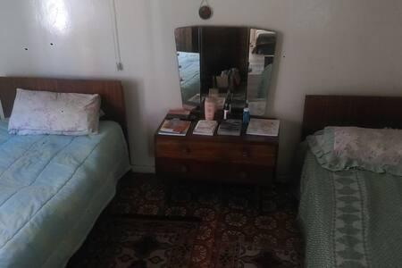 Grandpa's Classic Home - Uitenhage - Erdhaus