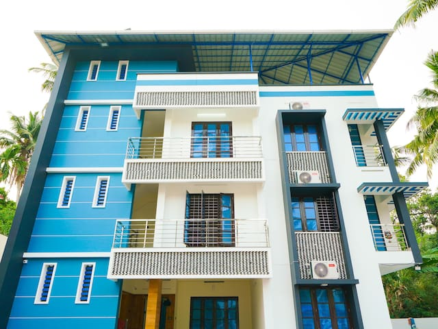 OYO -Vibrant 1BR Stay in Kazhakootam, Trivandrum - Marked Down!✅