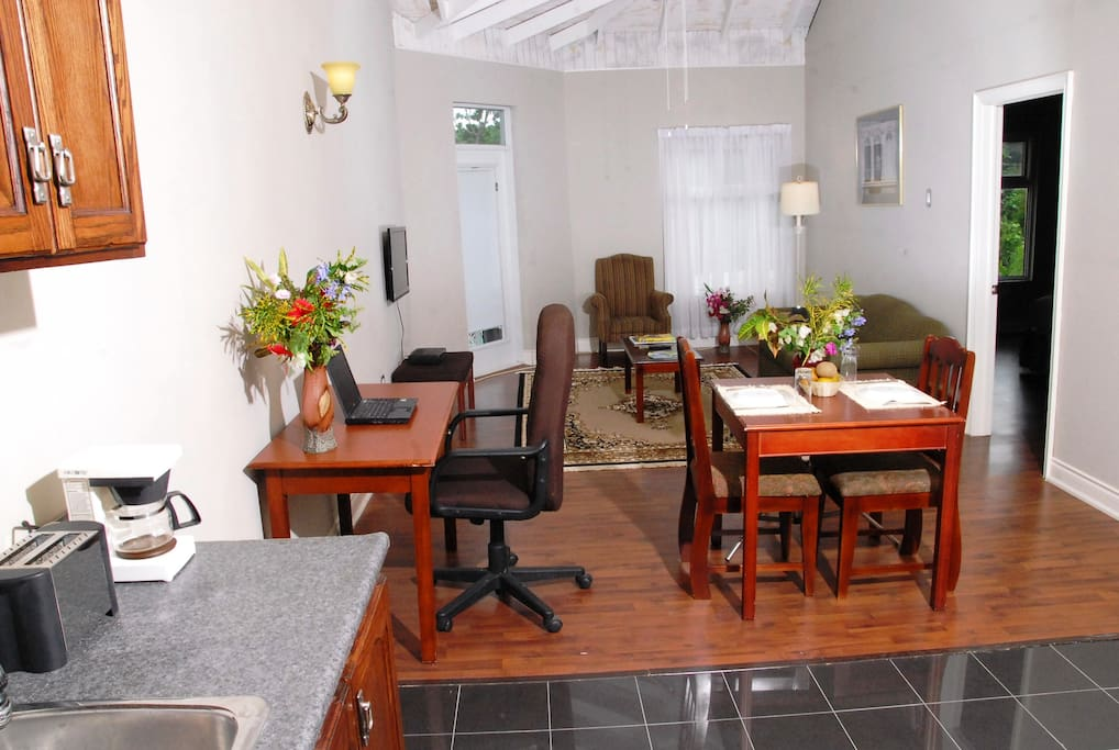 Beautiful and spacious living & dining areas in the 1-bedroom suite