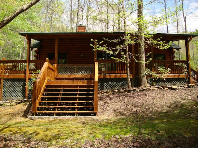 Collett Creek Cabin #1