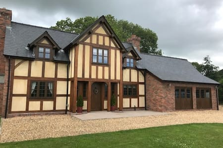 A Charming Country Cottage - BRAND NEW FOR 2020