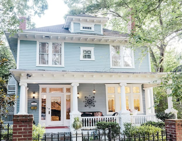 Luxury Apartments Houses Amp Villas In Atlanta Airbnb