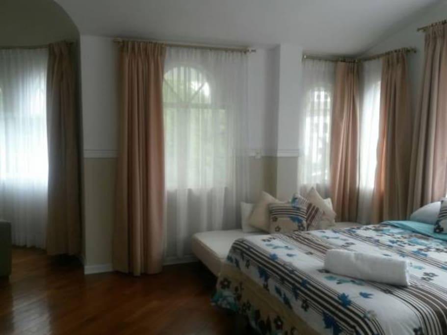 Jacaranda. Habitación doble o triple