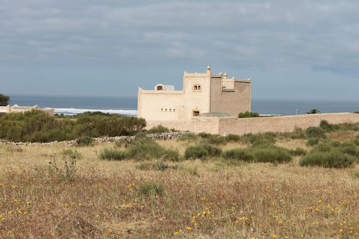 Beach house -  Moulay Bouzarktoune, Zaouiet Bouzarktoune - House