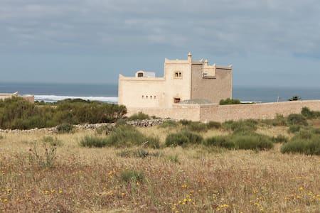 Beach house -  Moulay Bouzarktoune, Zaouiet Bouzarktoune