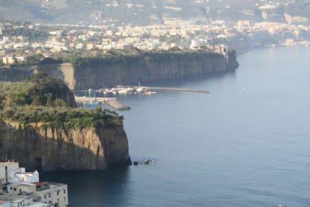 Sea & Sun in Sorrento's Peninsula - Meta - Byt