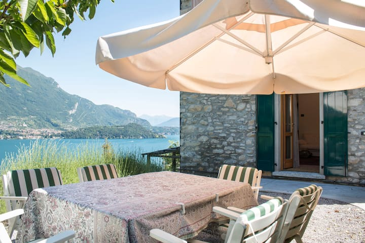 Amazing Villa Claudia w/ lake views - Lezzeno - Casa
