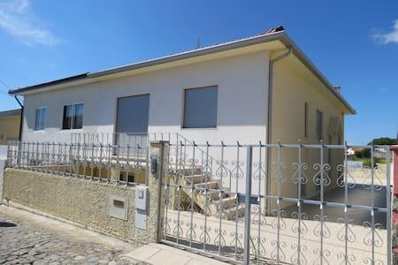 Maison de vacances T5 au Portugal - Terroso - Hus