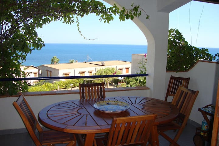Appartament in residence at only 200m from the sea and beautiful beaches nearby