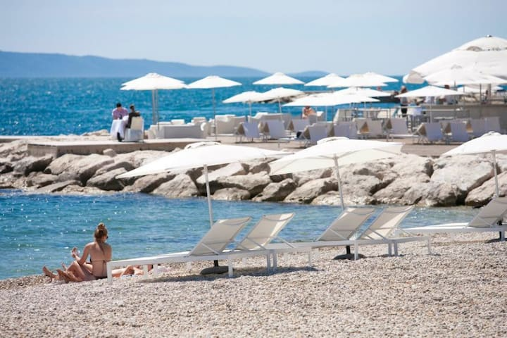 AdiOro2 Luxury Beachfront Apartment - Split - Leilighet