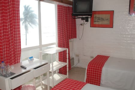 Double room with ocean view balcony - Bahia de Caraquez